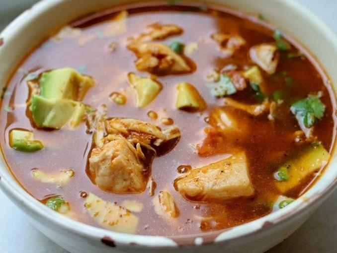 sopa de tortillas