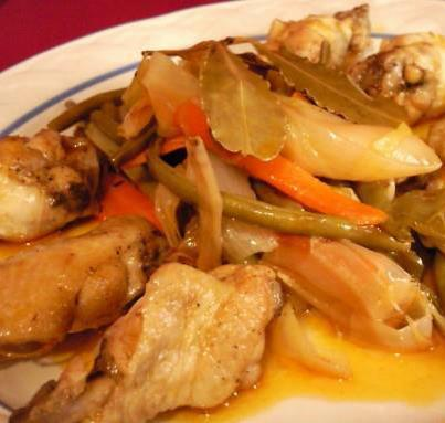 pollo al escabeche