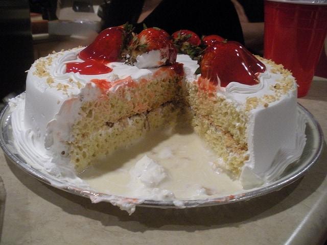 pastel de tres leches casero